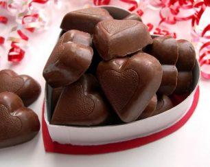 فروش شکلات کادوئی مثلثی فانتزی لاتامارکو