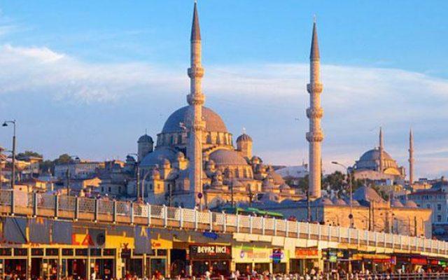 هجوم گردشگران ایرانی به ترکیه در ایام نوروز/ایرانیها چقدر در ترکیه پول خرج میکنند ؟