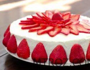 کیک توت فرنگی لاتامارکو