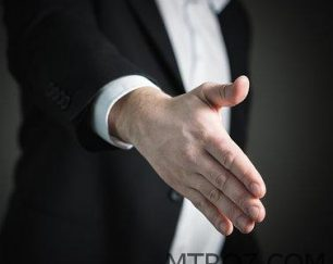 خریدار واحد مسکونی ۱۰۰ متری در خاوران