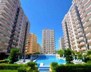 آپارتمان مبلمان دو خوابه در سواحل محمودلار, ترکیه