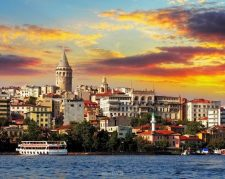 دلایل خرید ملک در استانبول:۷ تپه، به مدریت میلاد نوبری
