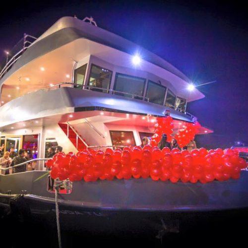 مراسم عروسی به روش پادشاهان عثمانی روی کشتی در استانبول